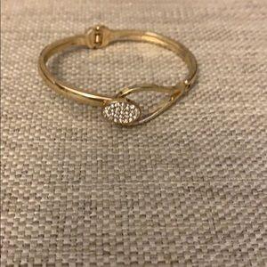 Jewelry - Women's gold bracelet